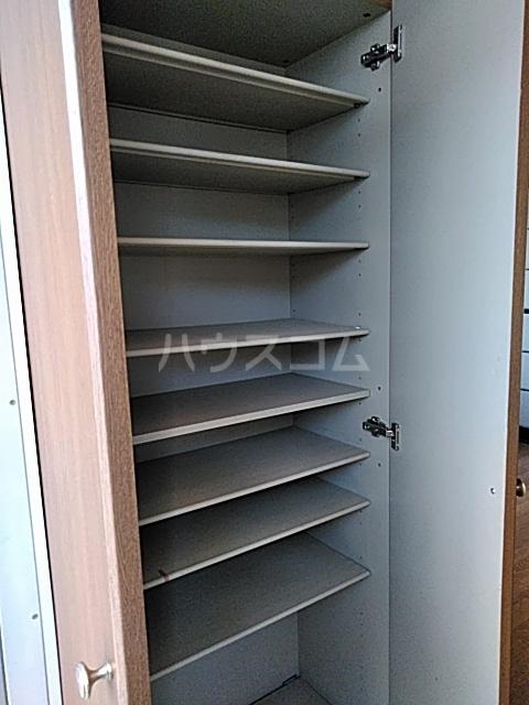 コンシェール押切B 201号室の収納