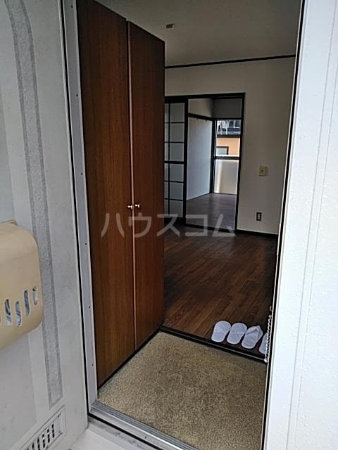コンシェール押切B 201号室の玄関