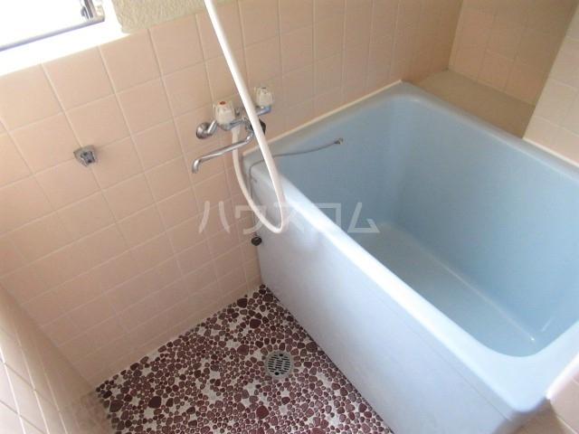 林ビル 202号室の風呂