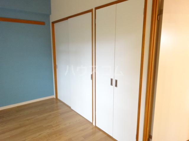 クレセントメゾンドール 202号室の収納