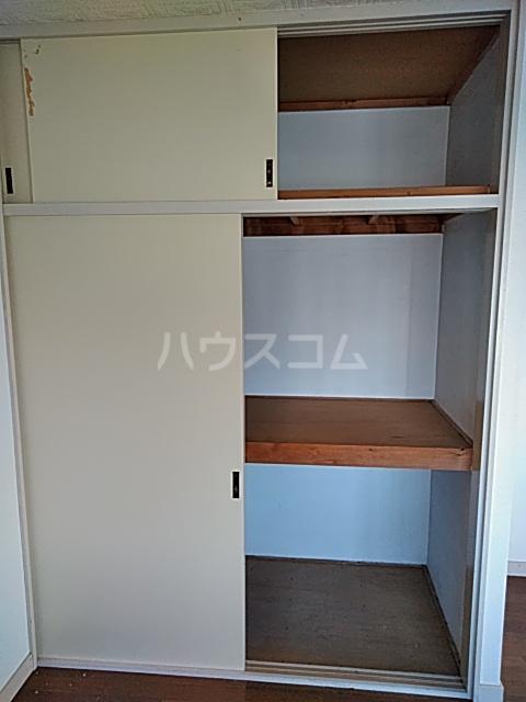 ブライトハイツ 105号室の収納