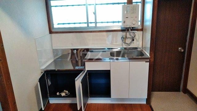 村田ハイツ(みたけ台) 202号室のキッチン