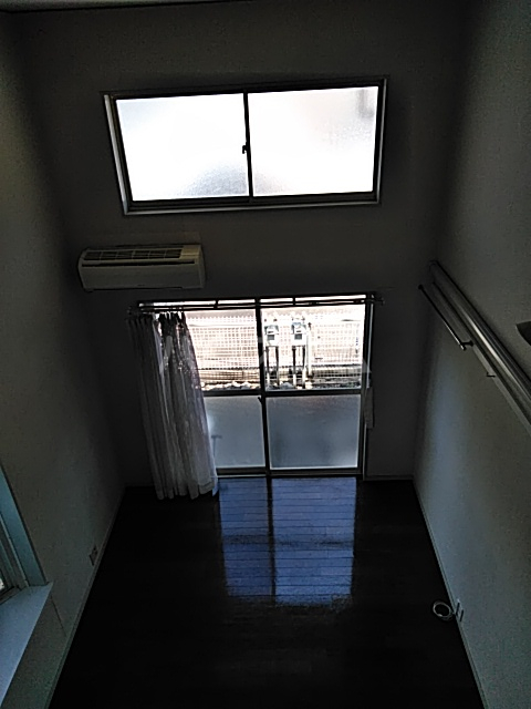 グレースコート 101号室の居室