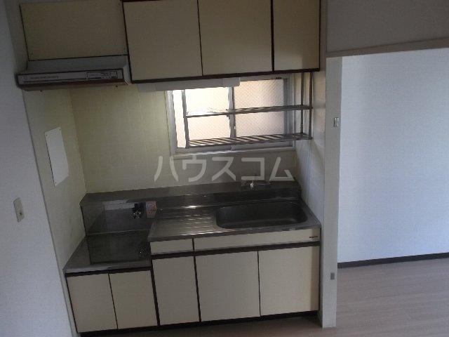 グリーンプラザ春日 207号室のキッチン