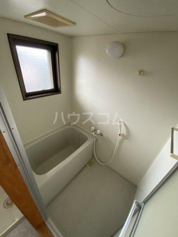 フォレスト'98 B302号室の風呂