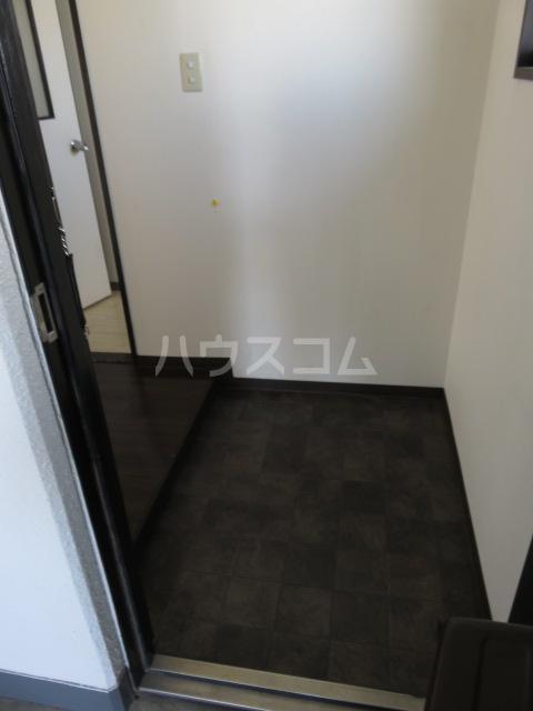 シティオーガ 501号室の玄関