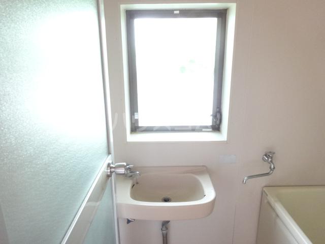 楓荘 201号室の洗面所