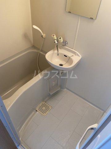 サマックス青島 203号室の風呂