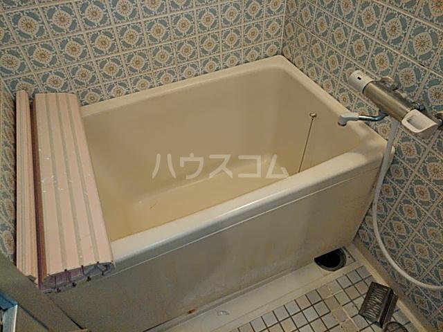 コーポラスシャロー 207号室の風呂