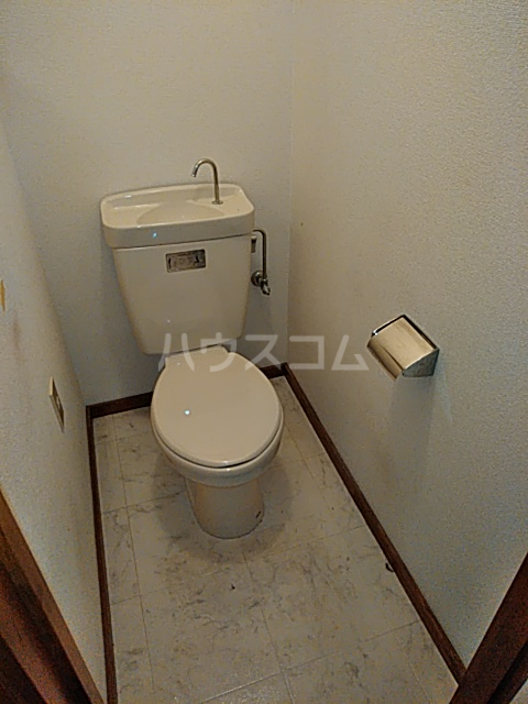 コーポラスシャロー 207号室のトイレ