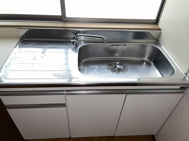 岡本荘 7号室のキッチン