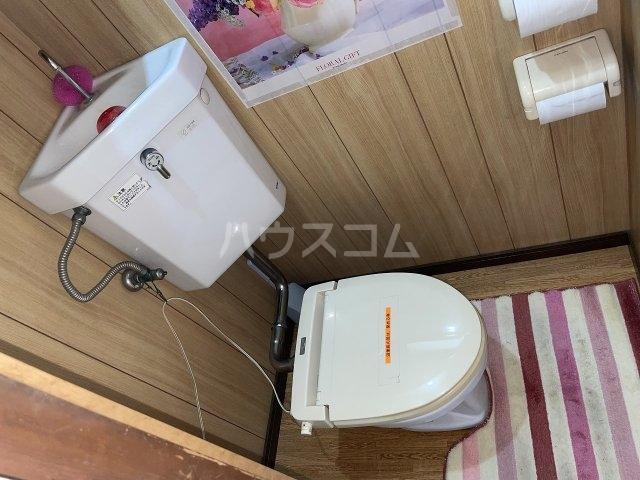岡本荘 7号室のトイレ