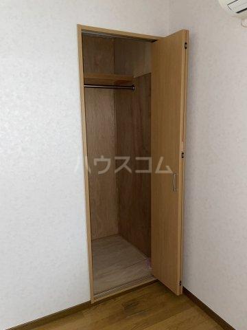 岡本荘 7号室の収納