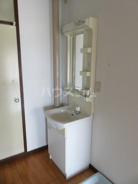 登呂コープタウン 10号棟 301号室の洗面所
