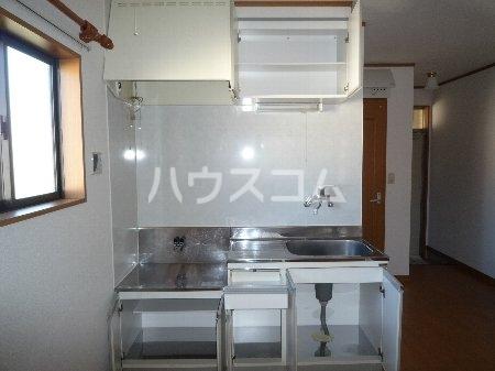 ハイツ山田 101号室のキッチン
