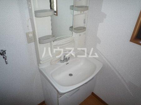 ハイツ山田 101号室の洗面所