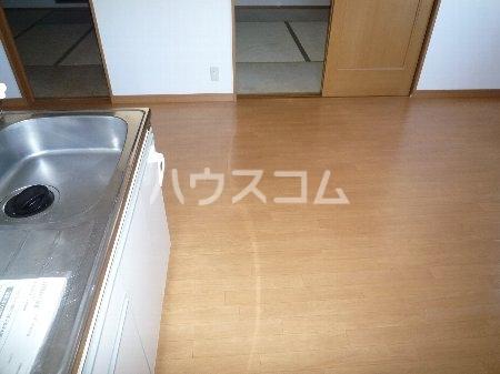 ハイツ山田 101号室の玄関