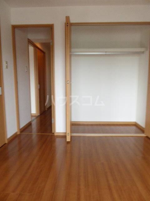 アイリス 203号室の収納
