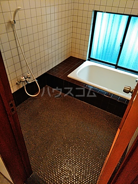 大和ハイツ1号館 102号室の風呂