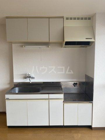 フォレスト'98 A301号室のキッチン
