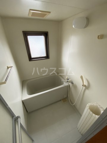 フォレスト'98 A301号室の風呂