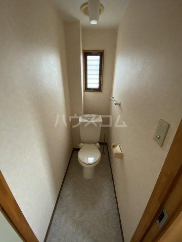 フォレスト'98 A301号室のトイレ