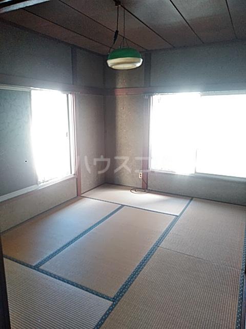 上野浦荘 201号室のリビング