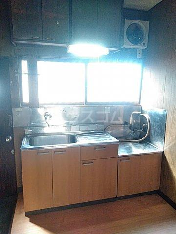 上野浦荘 201号室のキッチン