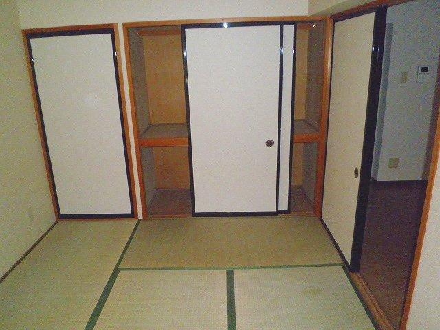 グランシャリオ 306号室の収納