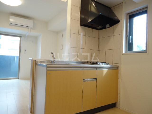 アストレア本通 603号室のキッチン
