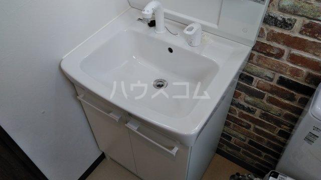 フルーツデール瑞江の洗面所