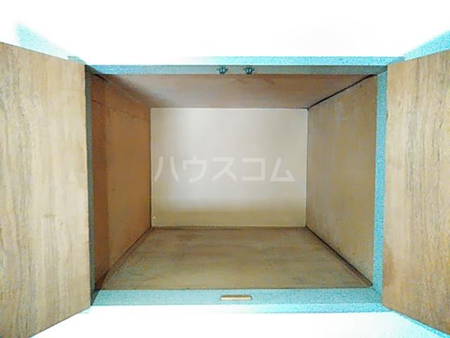 エクセレントコーポ 302号室の収納