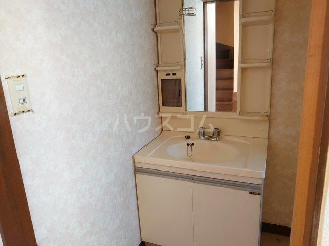 クリークサイドC棟の洗面所