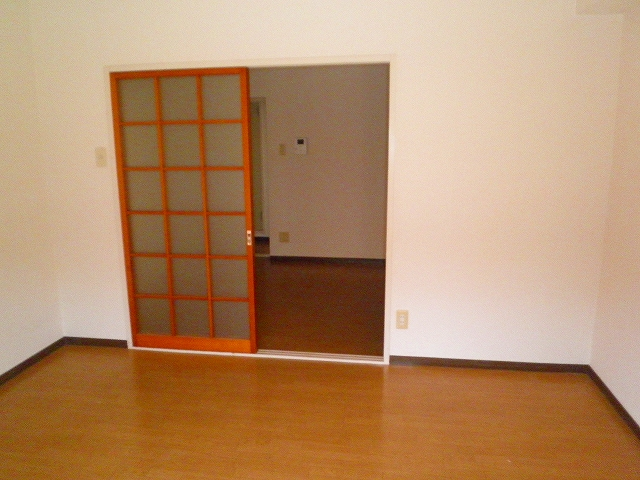 グランシャリオ 305号室のリビング