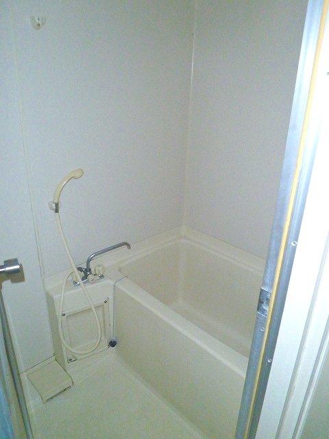 グランシャリオ 305号室の風呂