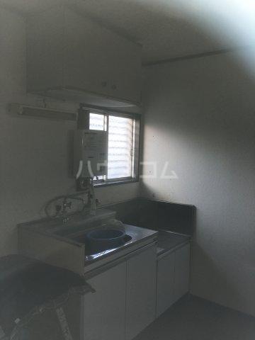 サンホワイトコーポ 201号室のキッチン
