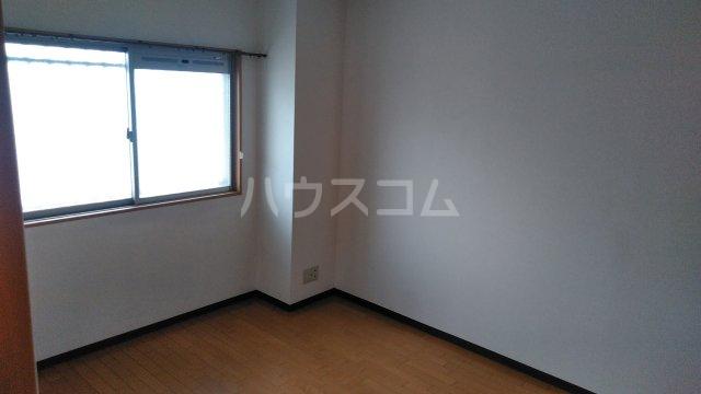 クレールメゾン 303号室の居室