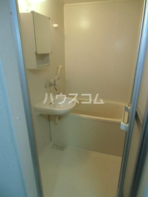 カルムⅡ 101号室の風呂