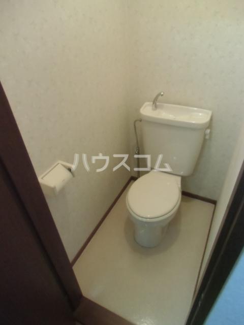 カルムⅡ 101号室のトイレ