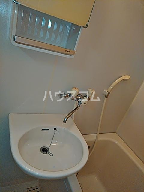 カルムⅡ 101号室の洗面所