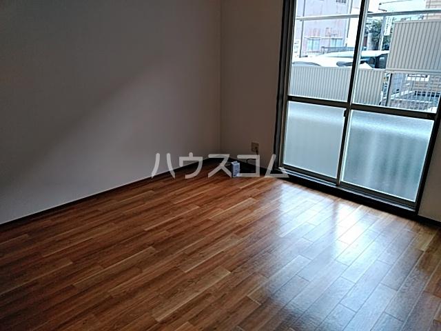 カルムⅡ 101号室の居室