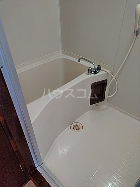 ラビットハウス 101号室の風呂