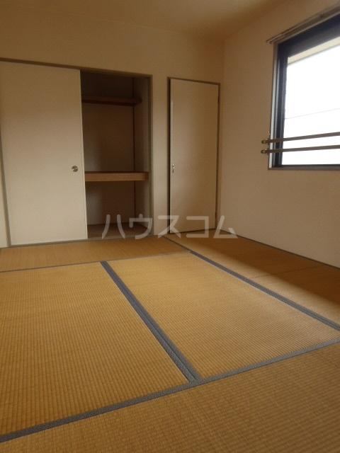 ジョイキット 202号室の居室