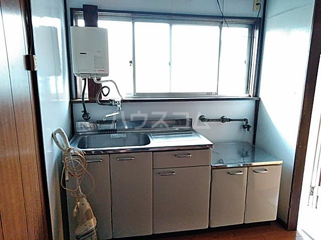 第一クヌギバシコーポ 102号室のキッチン