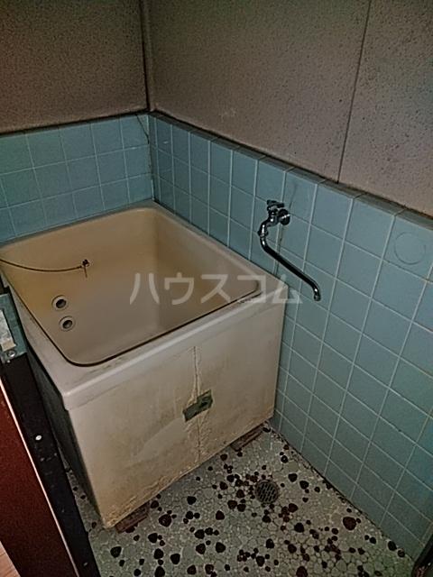 第一クヌギバシコーポ 102号室の風呂