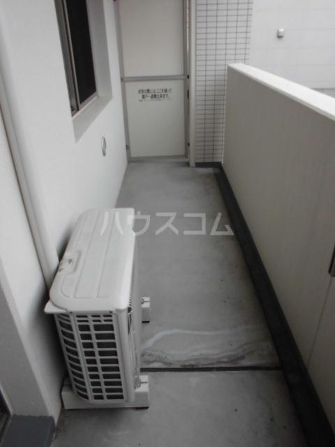 ラフェリア 102号室のバルコニー