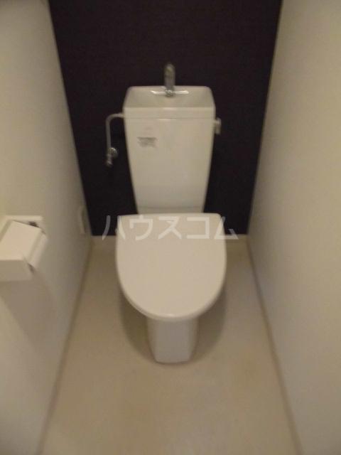 ラフェリア 102号室のトイレ