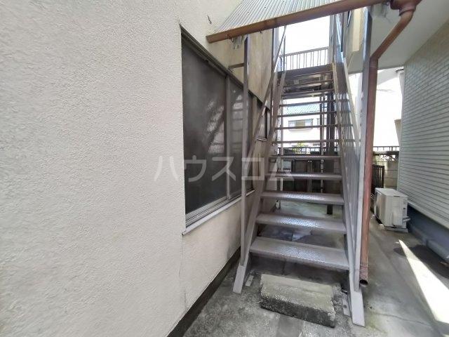 第三川端荘 201号室のベッドルーム