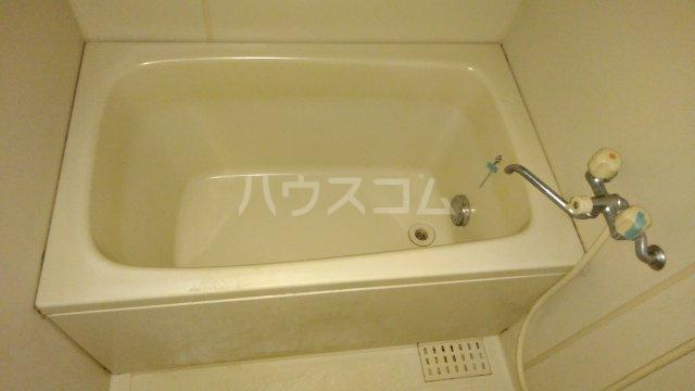 パストラル田奈 302号室の風呂