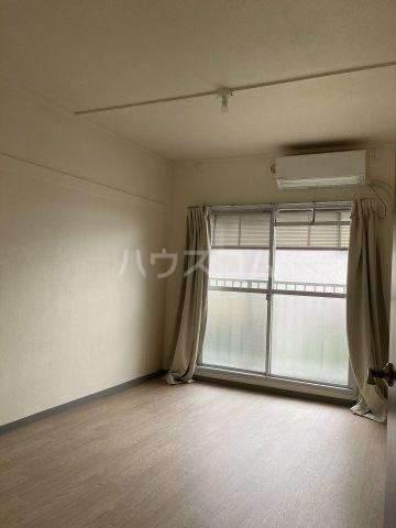 コーポ大谷 102号室の玄関